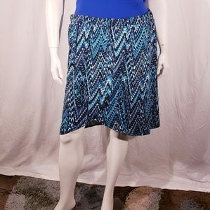 3/$20 Concepts Stretch Printed skirt size 3x